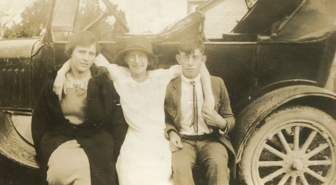 Olive (Ames) Henry with sister and son