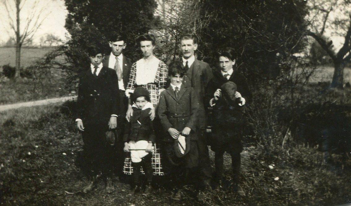 Mae (Mayo) Lewis family photo