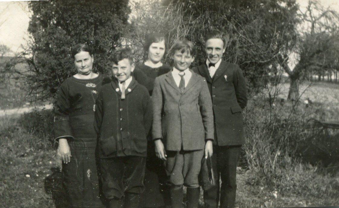 Lydia (Mayo) Decker family photo