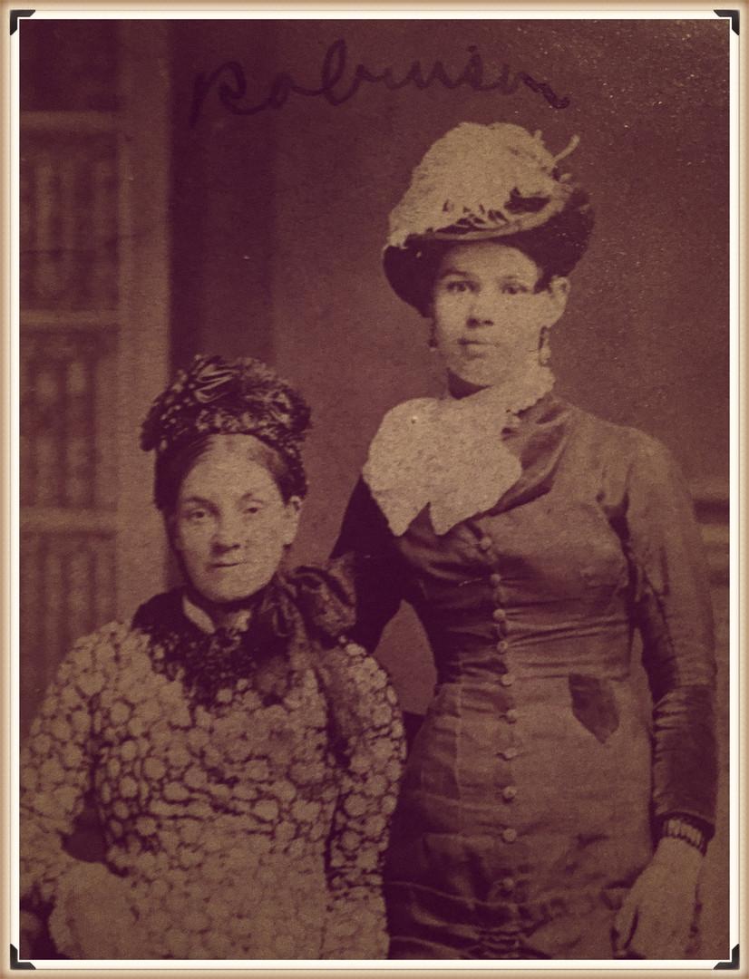 Annie Robinson's family