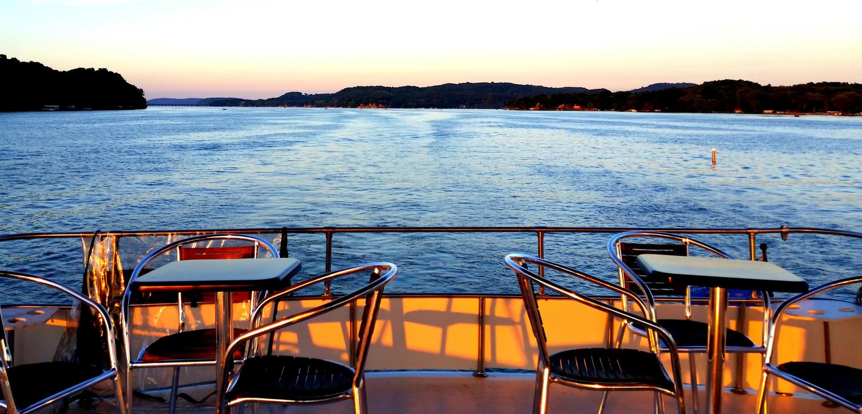 Lake Wisconsin Cruises Patio on the Lake