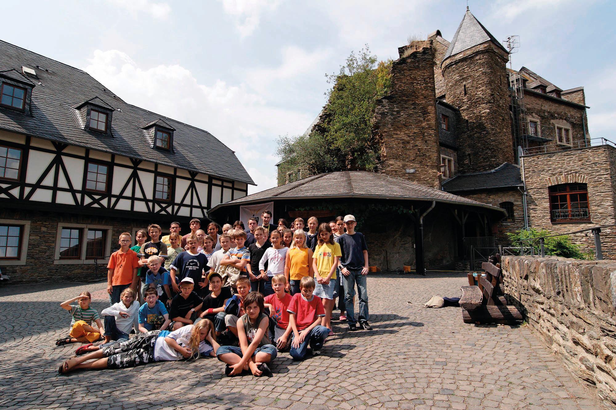 oberwesel-courtyard-2