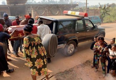 """Krieg in Kamerun: Tausende Tote, 700.000 Menschen vertrieben und """"die Weltgemeinschaft"""" schaut weg"""