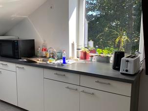 Teeküche Wohnraum
