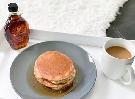 Apples in Autumn | Vegan Applesauce Pancakes