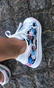 Custom sneakers - Fierce femme