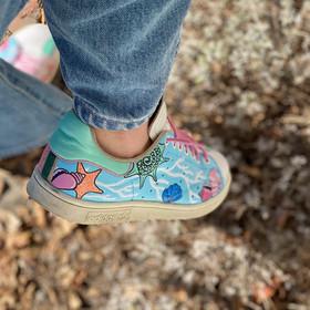Custom sneakers - Teachers pet ljusblå