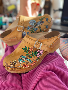 Custom clogs - Birds of paradise manchester
