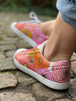 Custom sneakers - Bold flowers profil vä