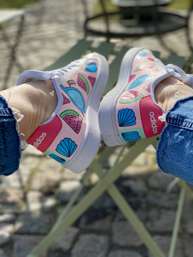 Custom sneakers - Elsas skor rosa insidor