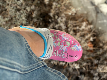 Custom sneakers Awesome midwife rosa