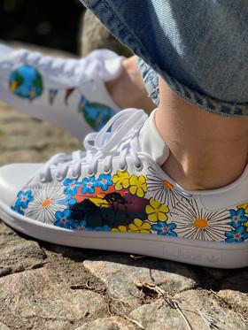 Custom sneakers - Studentskan profil akacia