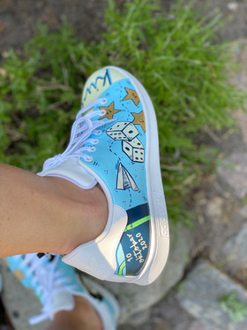 Custom sneakers - För evigt resväska