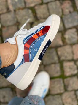 Custom sneakers - Dr Who vä insida