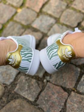 Custom sneakers - Zebra love hälar