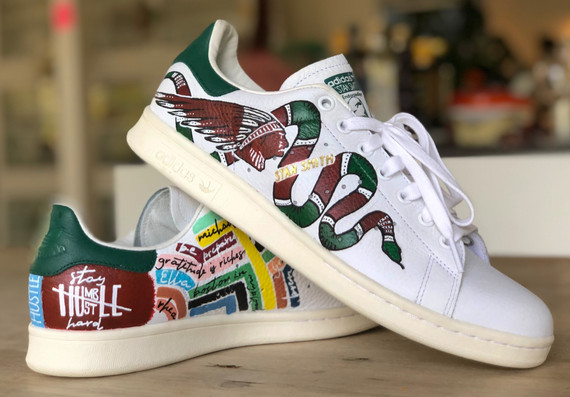 Custom sneaker Sculls and snakes
