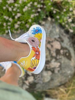 Custom sneakers - Awesomeness hö utsida