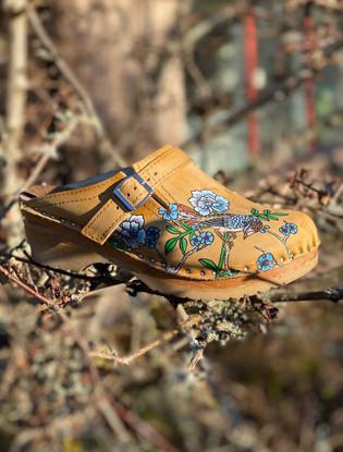 Custom clogs - Birds of paradise blå i träd
