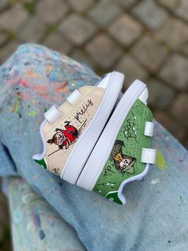 Custom sneakers - baby Olle profile My
