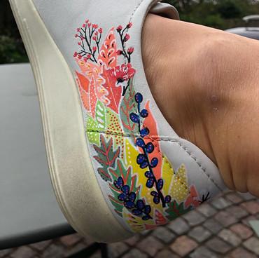 Custom sneakers When Harry met Sally närbild
