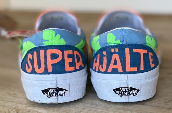 Custom sneakers - Superhjälte hälar