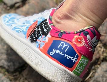 Custom sneaker Heja dej! FYI u rock