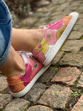 Custom sneakers - Bold flowers profil