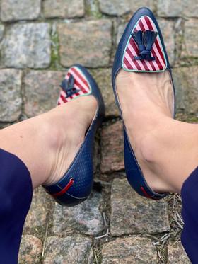 Custom shoes Tiger pumps porträtt