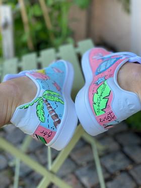Custom sneakers - För evigt brudens hälar