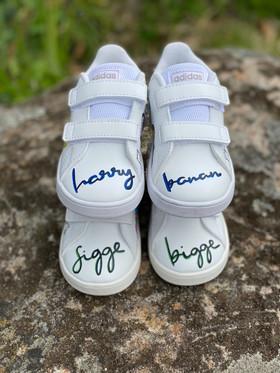 Custom sneakers - Tvillingarna båda namnen