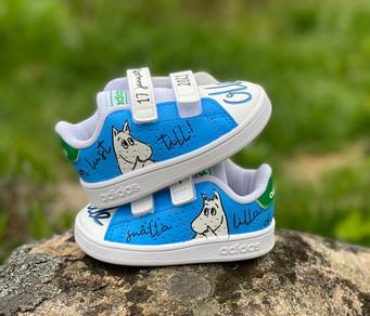 Custom sneakers - baby Olle Mumin