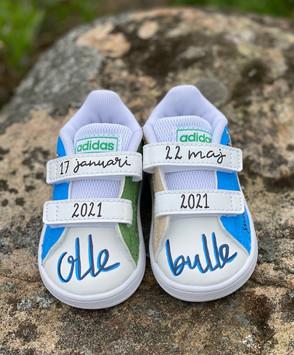 Custom sneakers - baby Olle tår