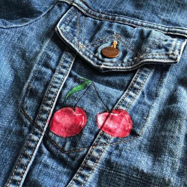 Custom sneakers jeansjacka körsbär