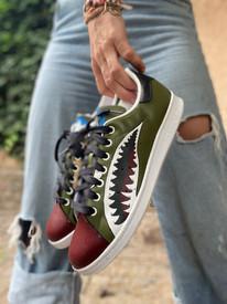Custom sneakers - Warhawk profile jeans up close