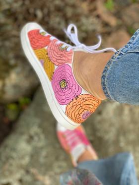 Custom sneakers - Bold flowers hö insida