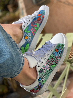 Custom sneakers - Blomsterdröm profil stol
