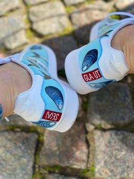 Custom sneakers - Se gla ut hälparti
