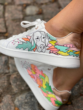 Custom sneakers - Who let tthe dogs out Charlie o tintin
