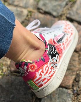 Custom sneaker Heja dej! korall