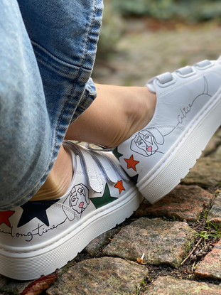 Custom sneakers - Alice the daschund profil