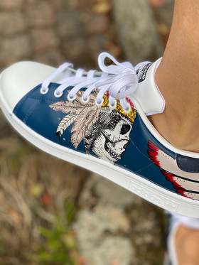 Custom sneakers - Harkey scull
