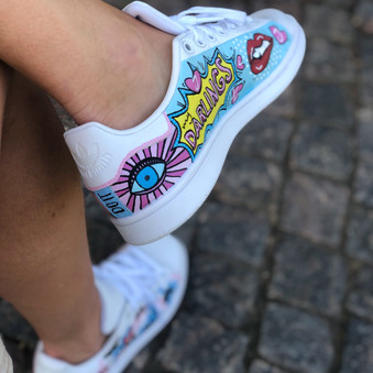 Custom sneaker Pop art eye