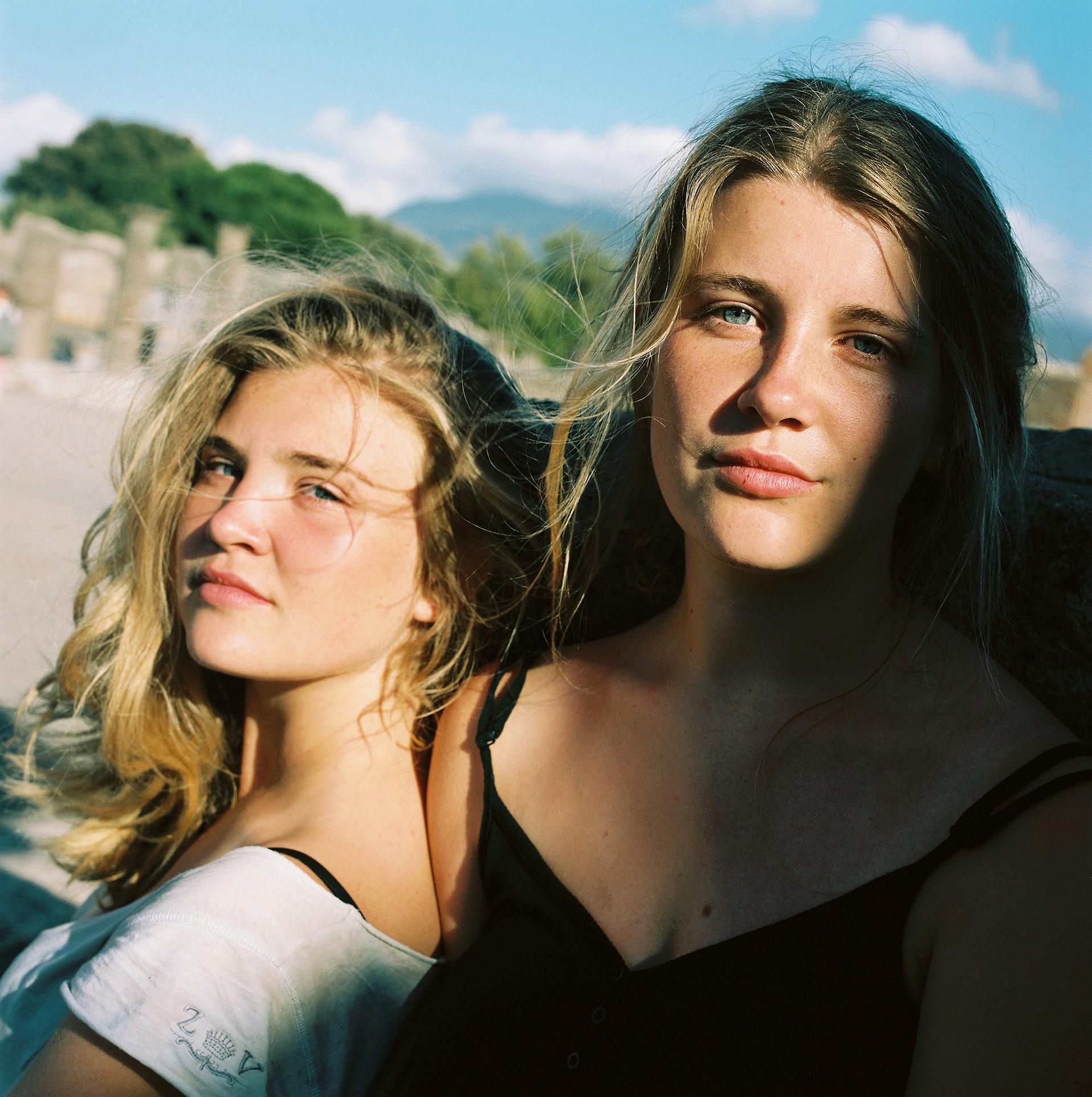 Elise et Lucie, Pompéi.