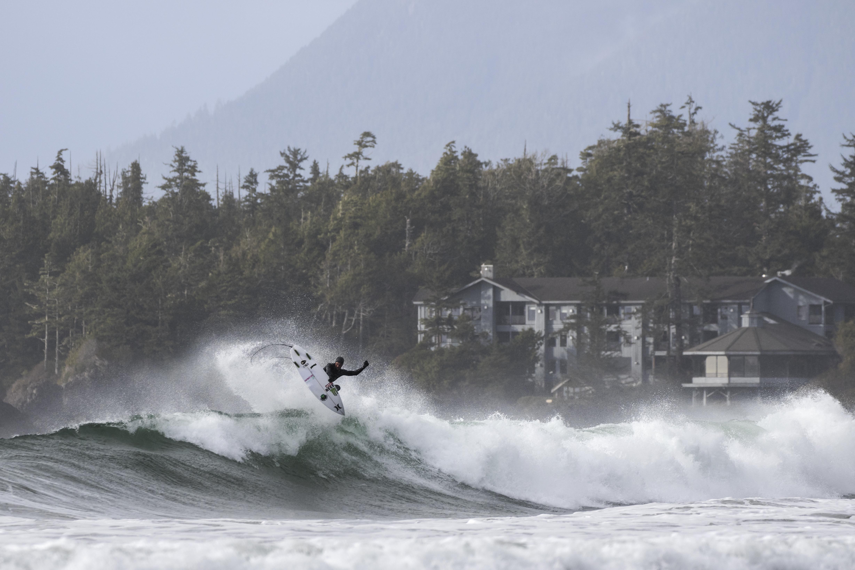 Airs Above Waves Chesterman Beach Marcus