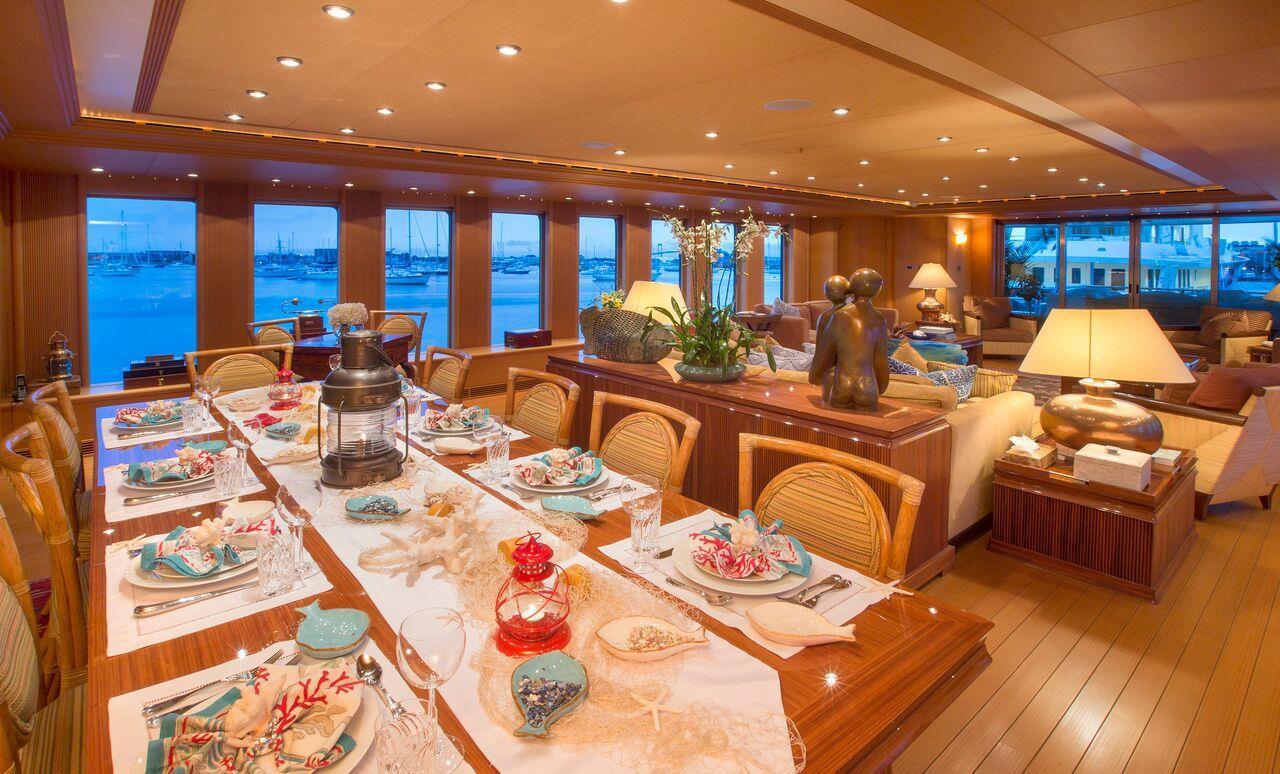 Monocle Yachts