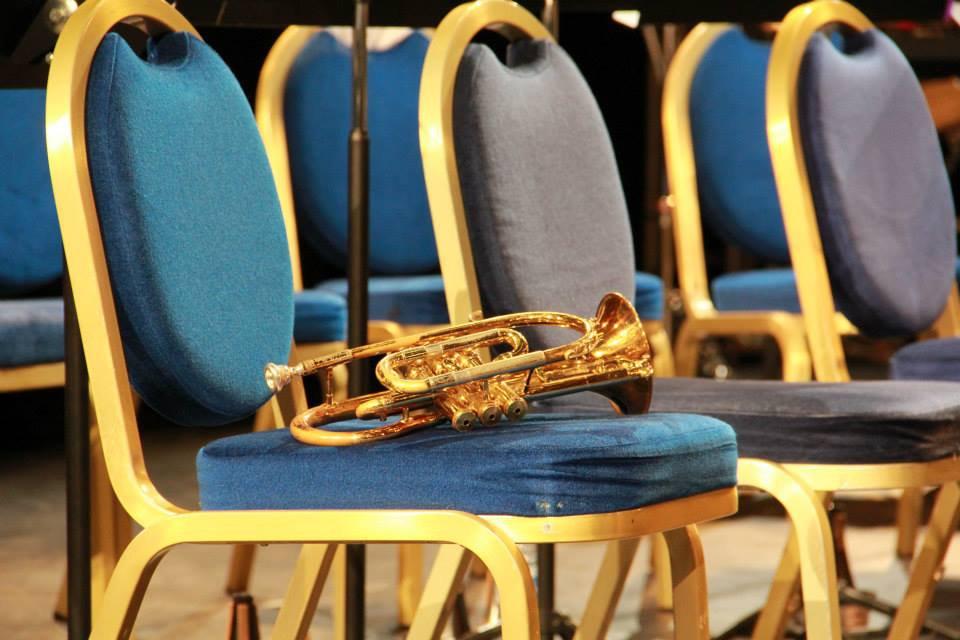 Chaisse et cornet.jpg