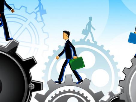 Como as pequenas empresas podem se destacar no mercado usando a tecnologia