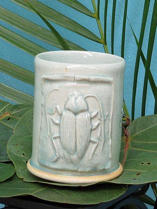 Creepy Crawler mug_ La Cucaracha