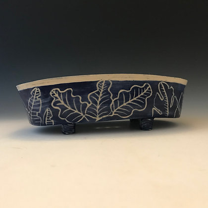 carved leaves sponge holder