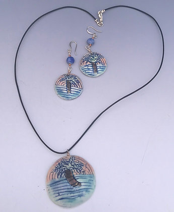 palm tree medallion necklace set